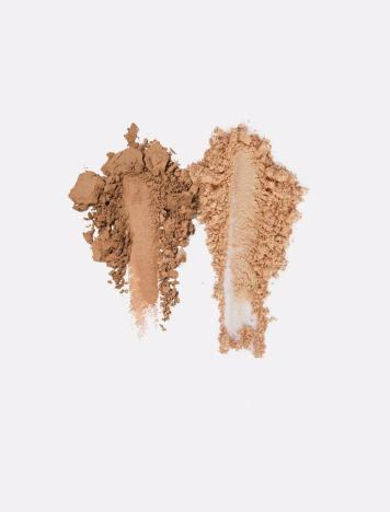 Kylie-Vacation-SkinnyDipDuo-Swatch_553e017b-a2ff-41ca-920c-9ff1aad28683